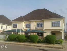 5 bedroom detached duplex New houses for sale good location