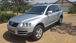 Touareg 2005 turbo- diesel manual with top tent option