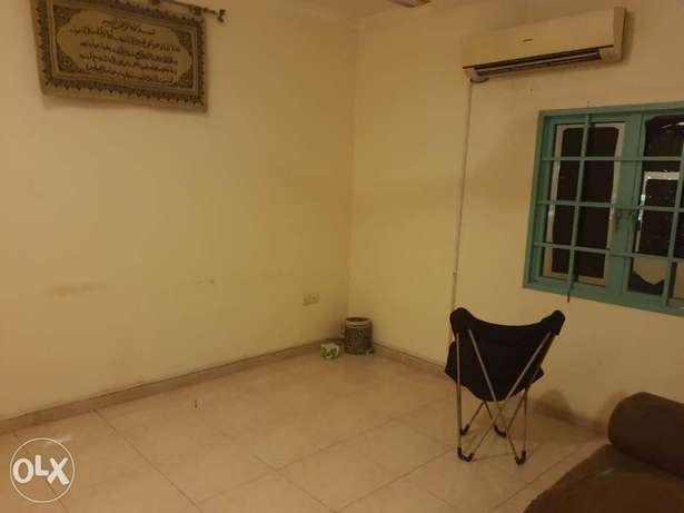 Clean single room for single executive person