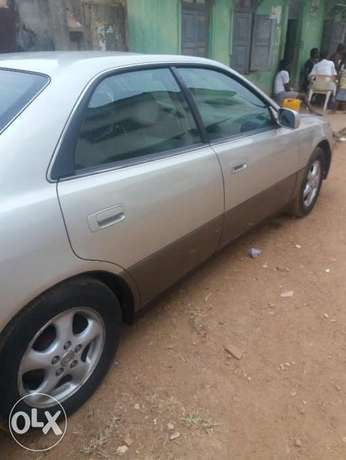 lexus ES 300 with AC working perfectly Ibadan South West - image 4