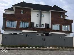 2wnings 5bedroom duplex for sale in banana island Ikoyi 300m asking