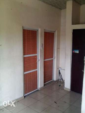 Standard SelfContain To Let At Rumuodara Portharcourt. Port-Harcourt - image 4