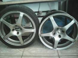4x 17 inch mags for R1800 neg