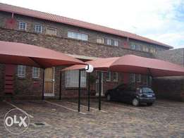 Townhouse to rent in Highveld Centurion