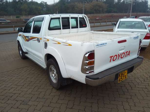 Toyota hilux Muthaiga - image 3