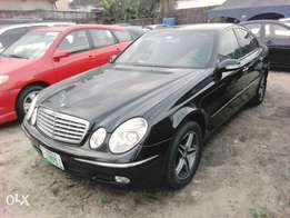 A super clean Mercedes Benz E320 auto drive ac OK