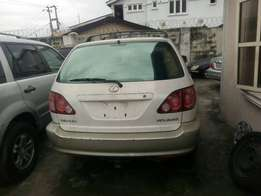 Tokunbo lexus rx300 for sale