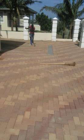 Tar driveways and paving Bluff - image 3