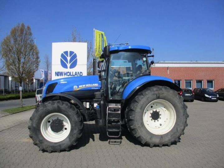 New Holland t7.220 autocommand - 2012