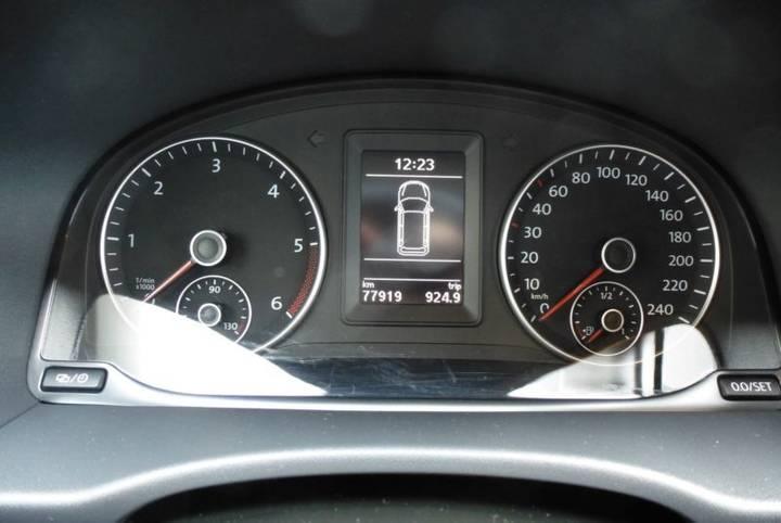Volkswagen Caddy 1.6 TDI Kasten KLIMA SHZ TOP Zust. - 2015 - image 10