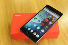 Brand New ONe plus 2.Still in the shop.Pay on delivery
