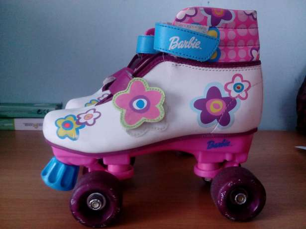 Four wheels barbie roller skate shoes Bombolulu - image 1