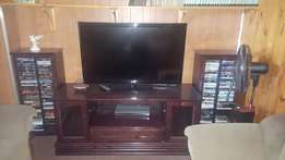 "47"" LG FHD TV, TV unit, DVD racks and Lounge suite for SALE!!"