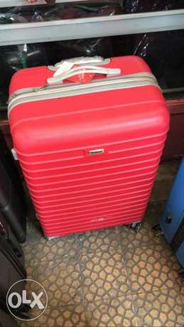hard cover luggage delivery available order now benefit from offers