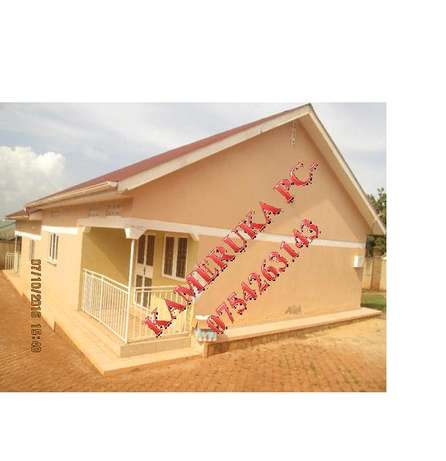 spacious 2 bedroom house in kisaasi at 500k Kampala - image 1