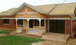 House for quick sale with title in Najjera 2-Kiira Municipality