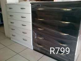 Chest of drawers R799