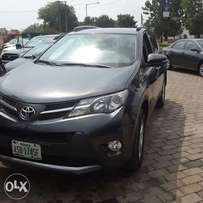 Super clean Rav4 2014 registered and bought new