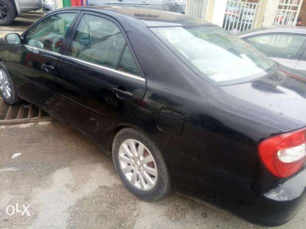 Classic Babs.I.R.Toyota Camry 2004model Ikeja - image 4