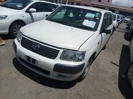 Toyota Succeed 2010 2wd