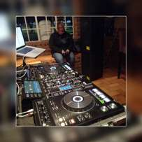 For hire Pioneer xdj rx