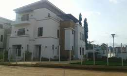 A luxury 4 bedroom town house for sale in kado