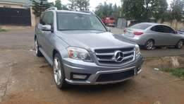 Very clean benz GLK 350 4matic for sale