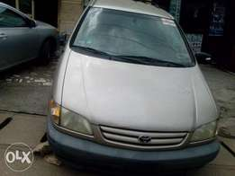 Foreign Used(tokunbo) Toyota Sienna Ce Year 2002