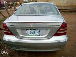 Extra clean Benz 200 for quick sales