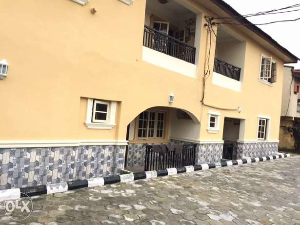 Clean 2bedroom flat to let in Osapa London Lekki - image 8