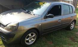 CLEARANCE SALE!!! 2003 Renault Clio 1.4i for sale