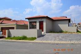Brand New: 2 Bedroom House for rent for 6 months and for Sale in Noord