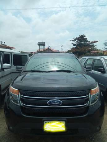 Reg 014 Ford Explorer Limited Edition Lagos - image 2