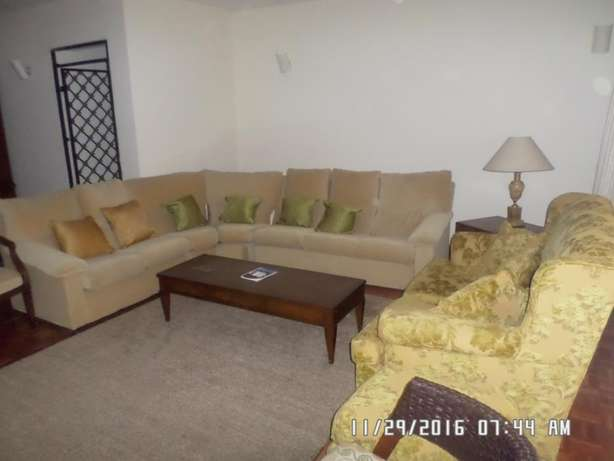 A furnished 2 bed apartment along state house road for rent Kilimani - image 4