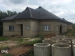 4 Bedroom Bungalow + Extra Room GYM/Library