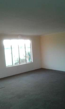 2 bedroom granny flat in peacefull erea Bredell Bredell - image 6