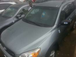 Tincan cleared tokunbo toyota rav4 08 three seater row