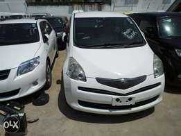 Toyota Ractis 2010model old shape KCN