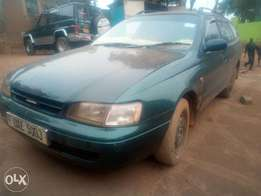 Toyota caldina model 1998 green colour in good shape manual transmis
