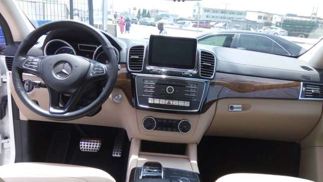 GLE 450, first body, full option,full duty payment, buy and drive, DVD Lekki - image 3