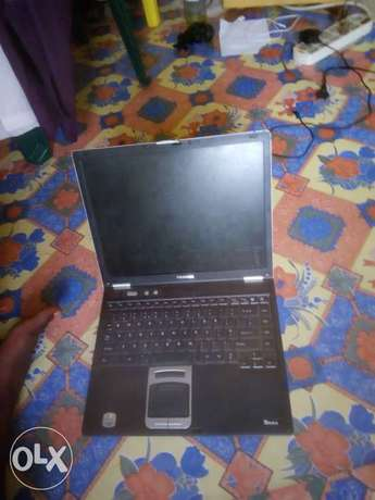 Used Toshiba laptop as a scrap Adewole - image 1