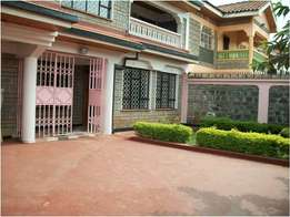 Executive 5 bedroom own compound to let at safaripark