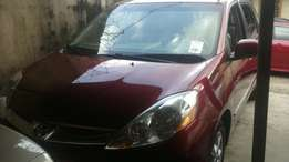 2006 Toyota Sienna Limited Red
