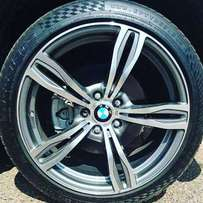 Bmw mags 19 inch wheels witj tyres