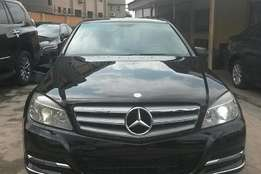 Mercedes benz C300 , buy and drive, client can come for inspection