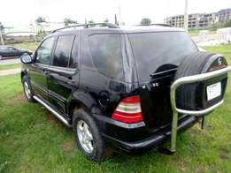 ML 320, leather interior, Automatic Gear going for 650k only.