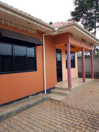 Well fenced House for Rent Kampala - image 1
