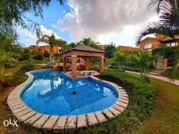 In Amazing location and view &very good price twin house in Dyar park