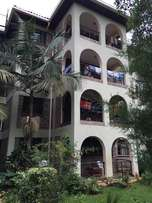 For Sell- 3 b/r apartment in Parklands
