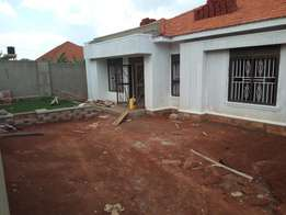 Namugongo town house for quicksale at 207m